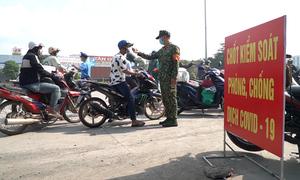 Đồng Nai lập chốt, người đến TP HCM lo lắng