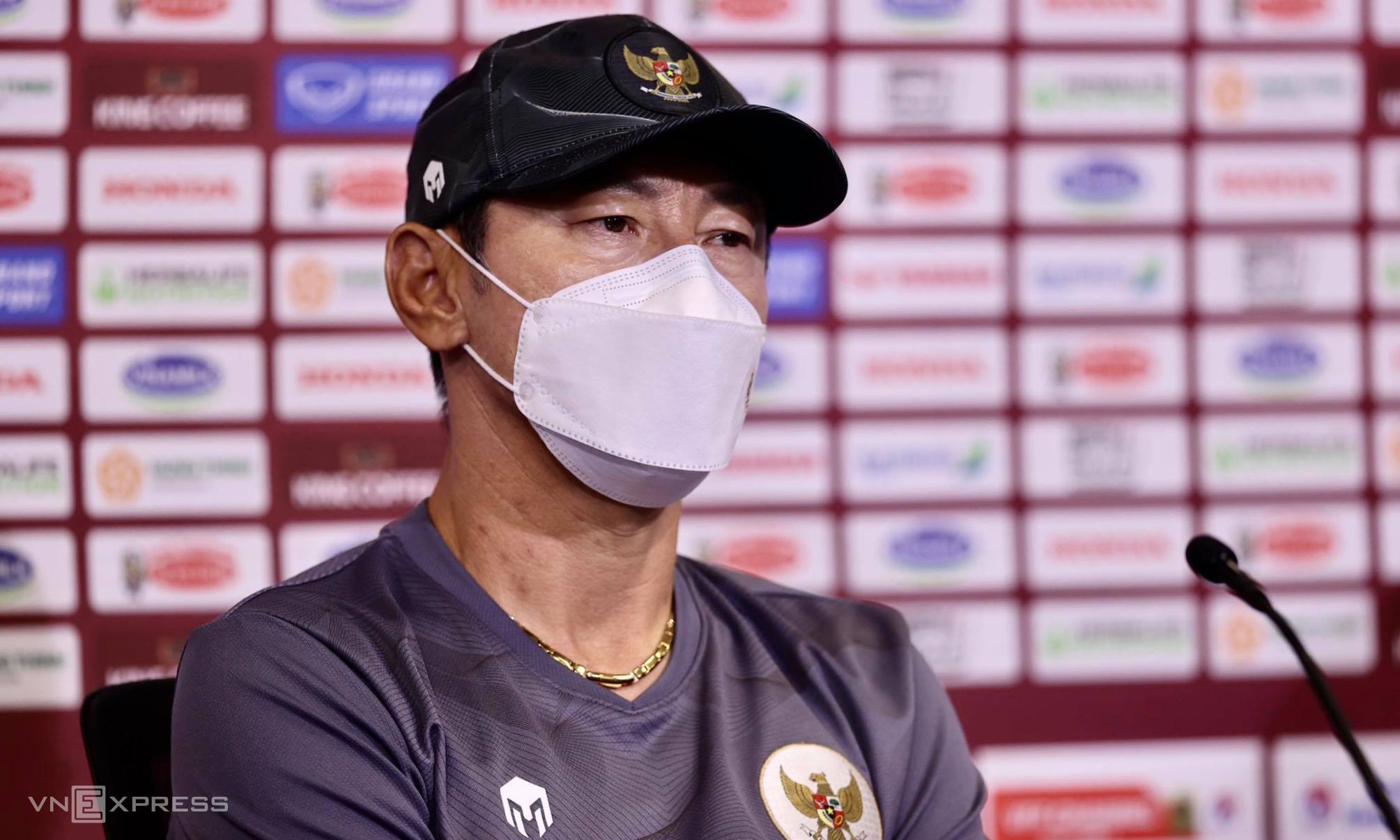 HLV Shin Tae-yong trong cuộc họp báo trước trận Indonesia - Việt Nam. Ảnh: Lâm Thoả
