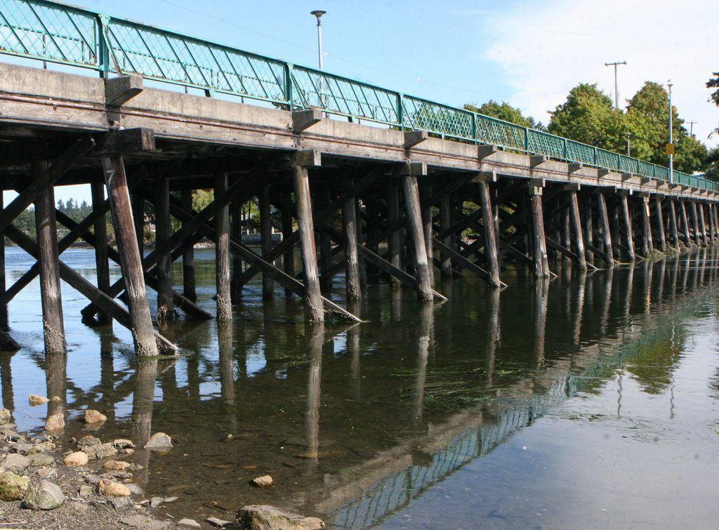 Cầu CraigFlower, nơi Reena bị hành hung 24 năm trước. Ảnh: BC local news.
