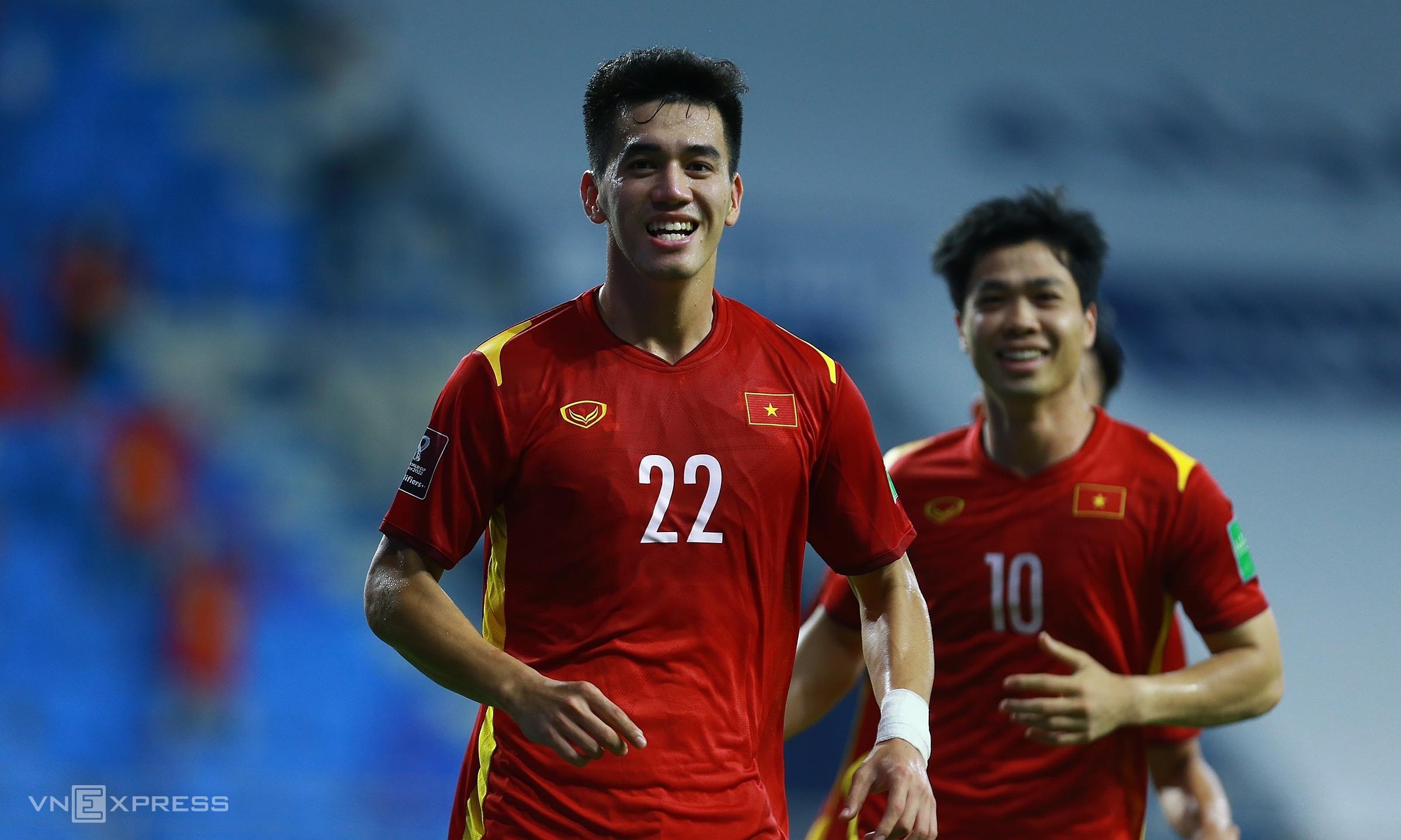 Việt Nam làm rạng danh bóng đá Đông Nam Á ở vòng loại thứ hai World Cup 2022. Ảnh: Lâm Thoả