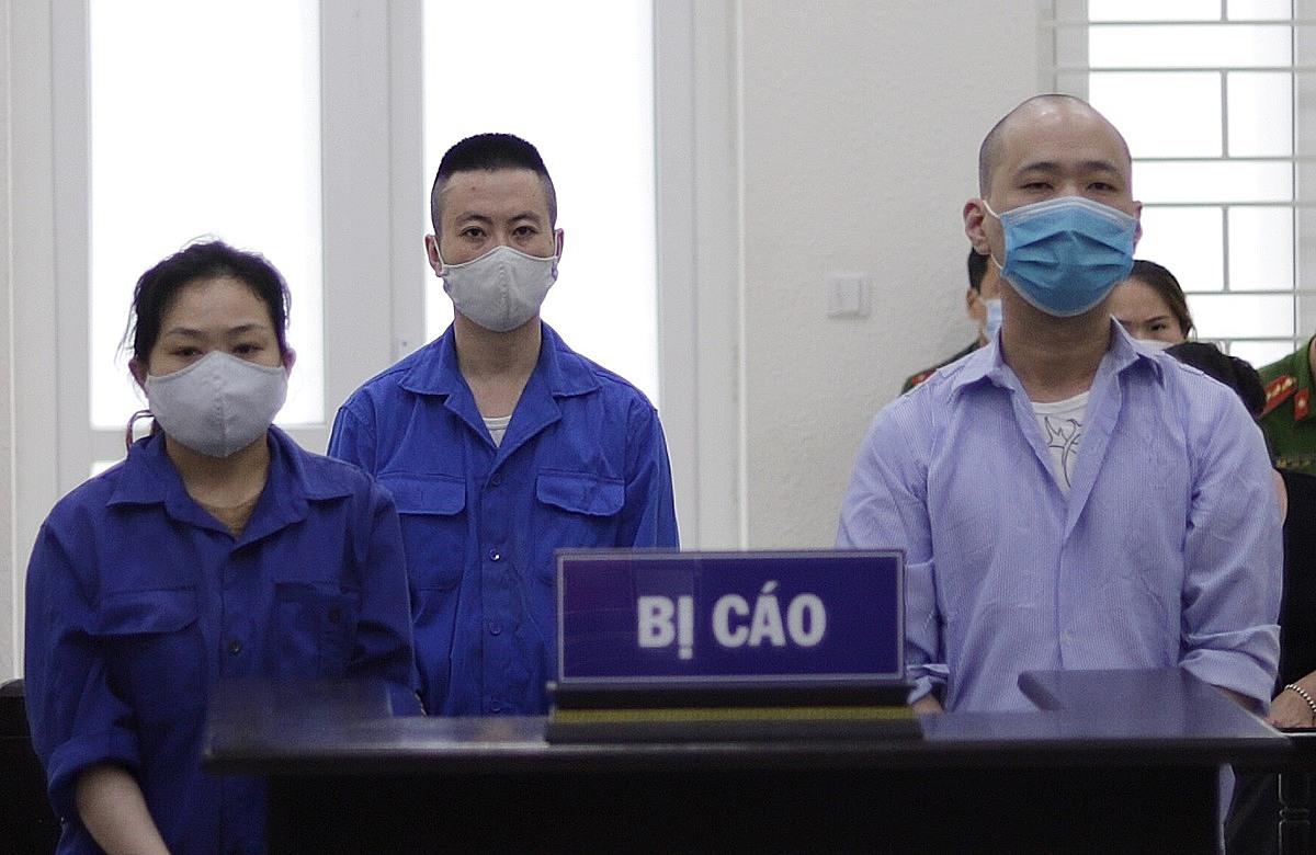 Từ trái qua: Ngắm, Luân và Núi tại phiên xét xử ngày 9/6. Ảnh: Danh Lam
