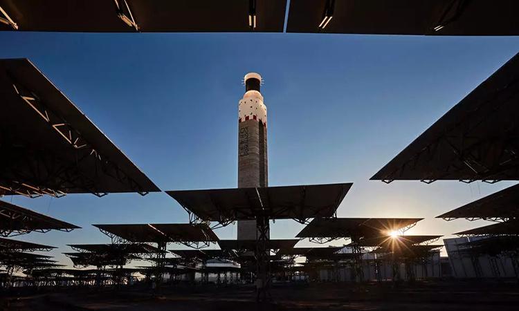 Cerro Dominado có thể sản xuất điện cả ngày lẫn đêm. Ảnh: AFP.