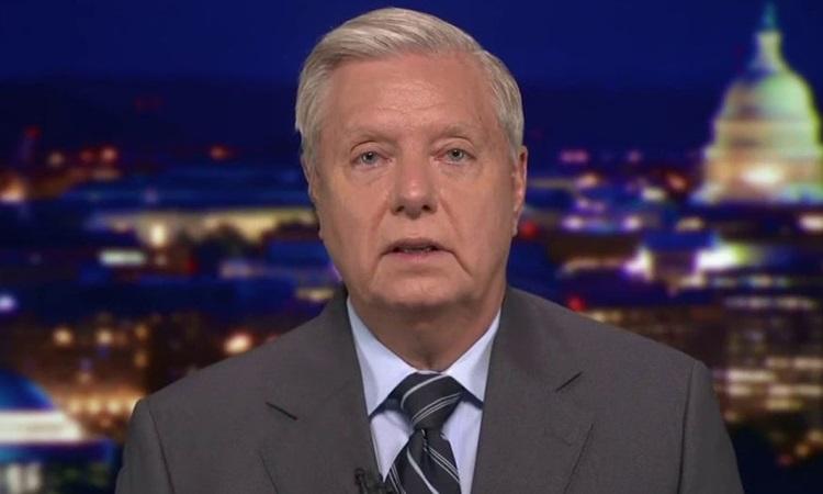 Thượng nghị sĩ Cộng hòa Lindsey Graham trả lời trên chương trình của Fox News tối 8/6. Ảnh: Fox.