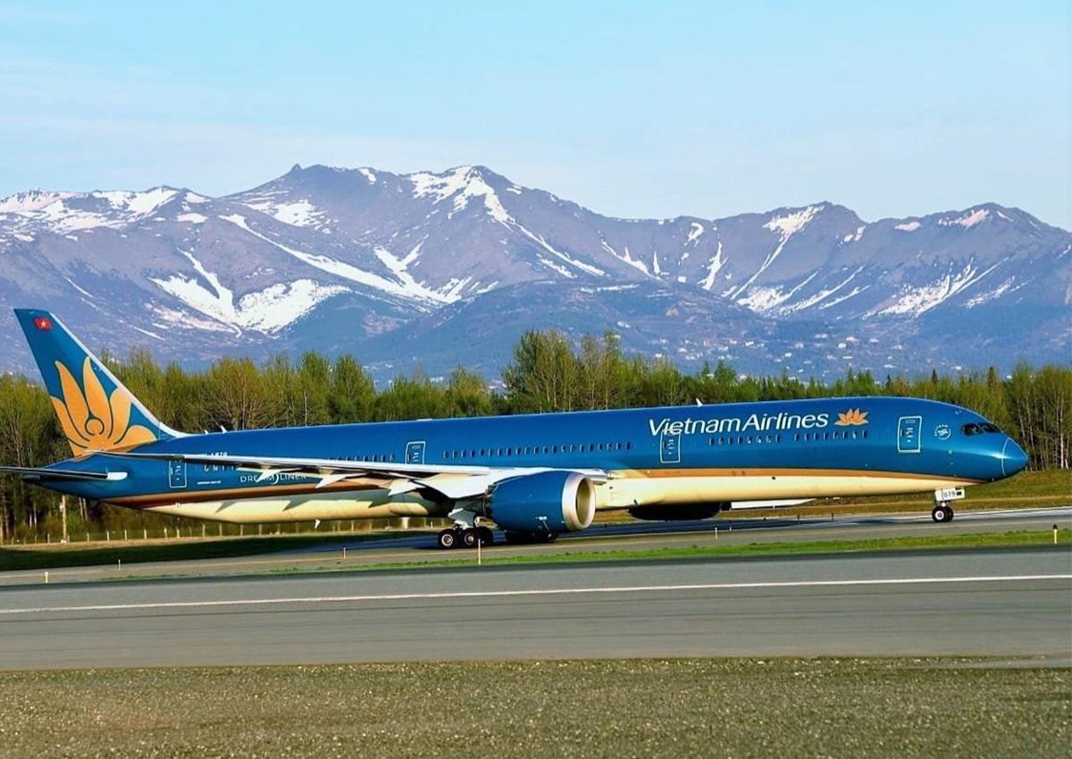 Máy bay Vietnam Airlines đến Mỹ đưa người Việt hồi hương năm 2020. Ảnh: VNA
