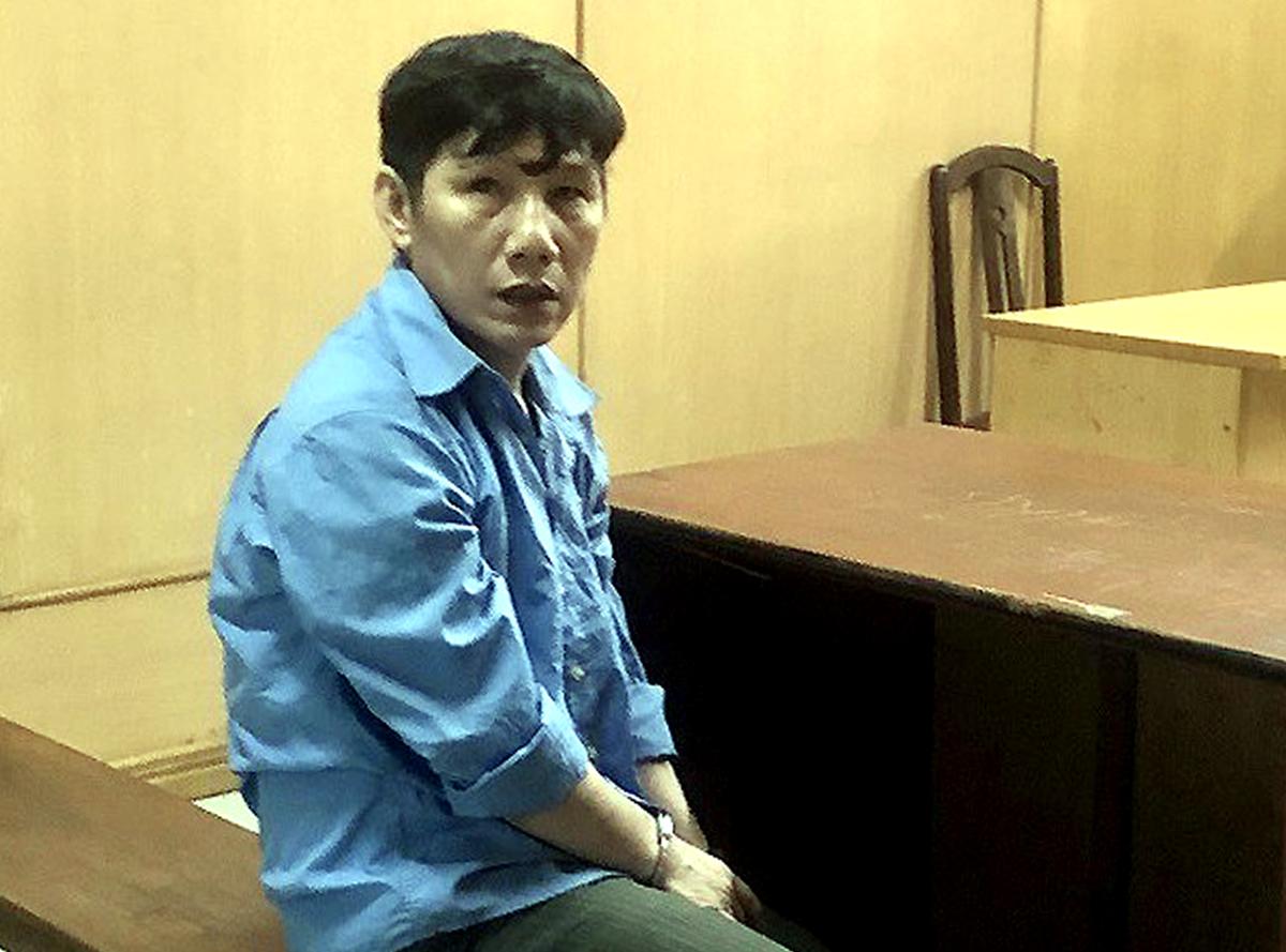 Bị cáo Lê Văn Tư trong lần ra tòa hồi cuối năm ngoái. Ảnh: Cộng tác viên.