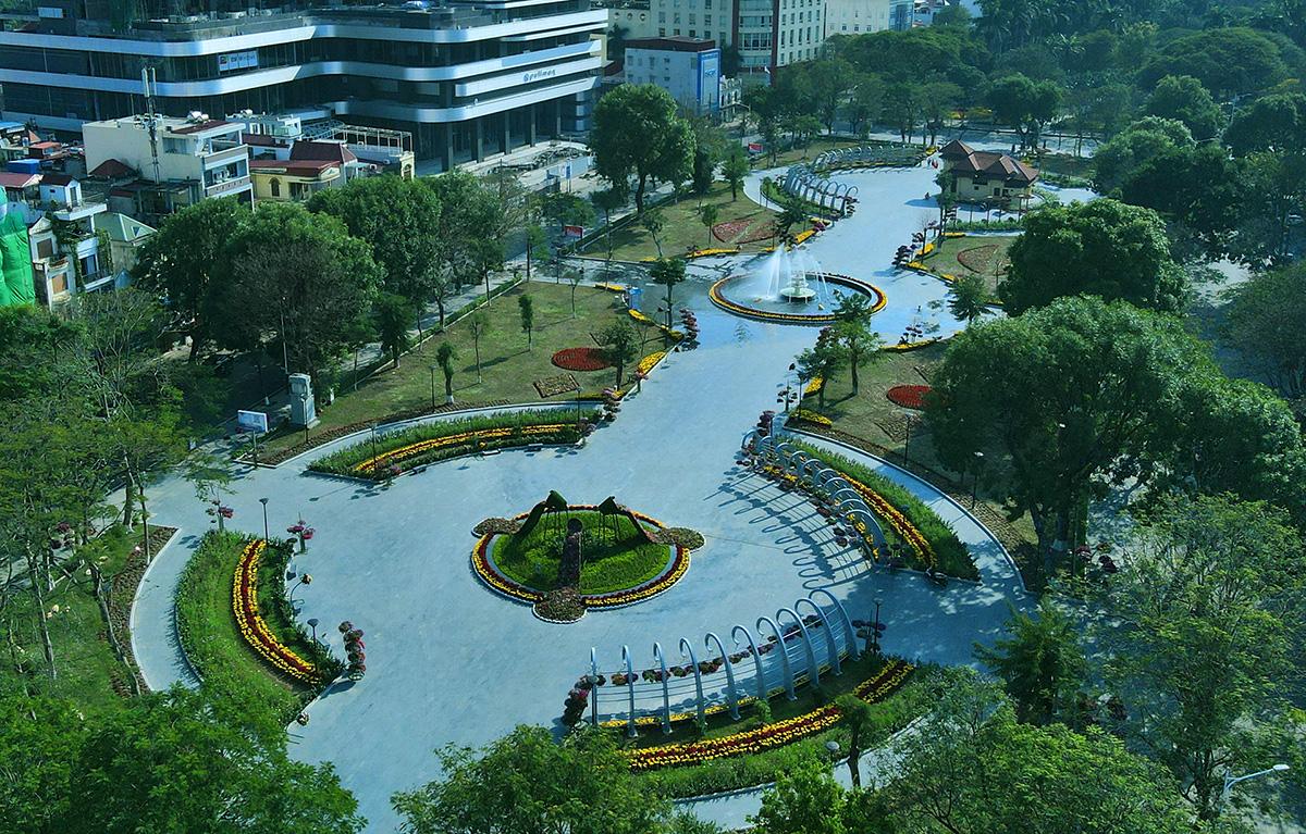 Vườn hoa Kim Đồng thuộc giải vườn hoa trung tâm thành phố được mở cửa từ ngày 13/6. Ảnh: Giang Chinh