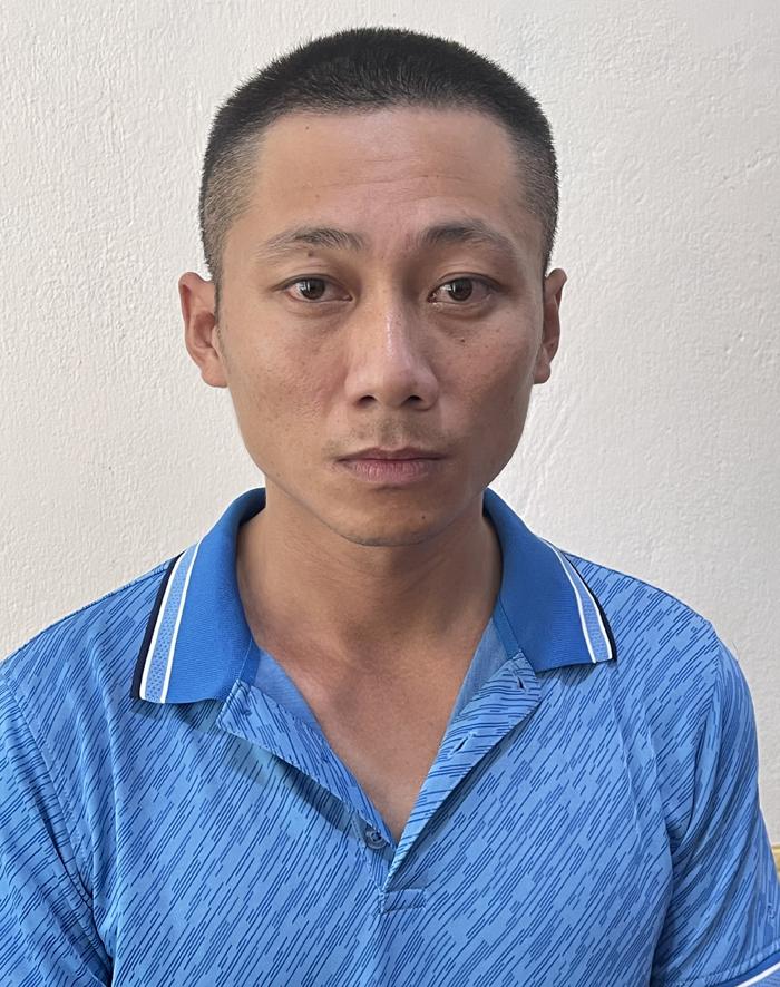 Thiều Văn Sơn tại cơ quan điều tra. Ảnh: Lam Sơn.