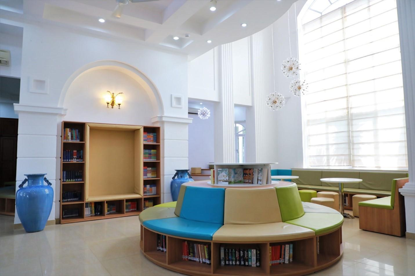 Mô hình thư viện sách và thư viện điện tử hiện đại theo hướng Learning Commons tại Asian Shool.