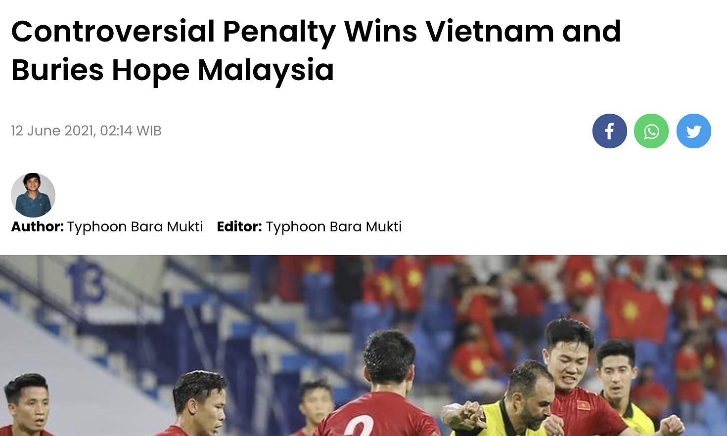 Việt Nam thắng nhờ phạt đền gây tranh cãi, và nhấn chìm hy vọng của Malaysia là tiêu đề bài viết của skor.id