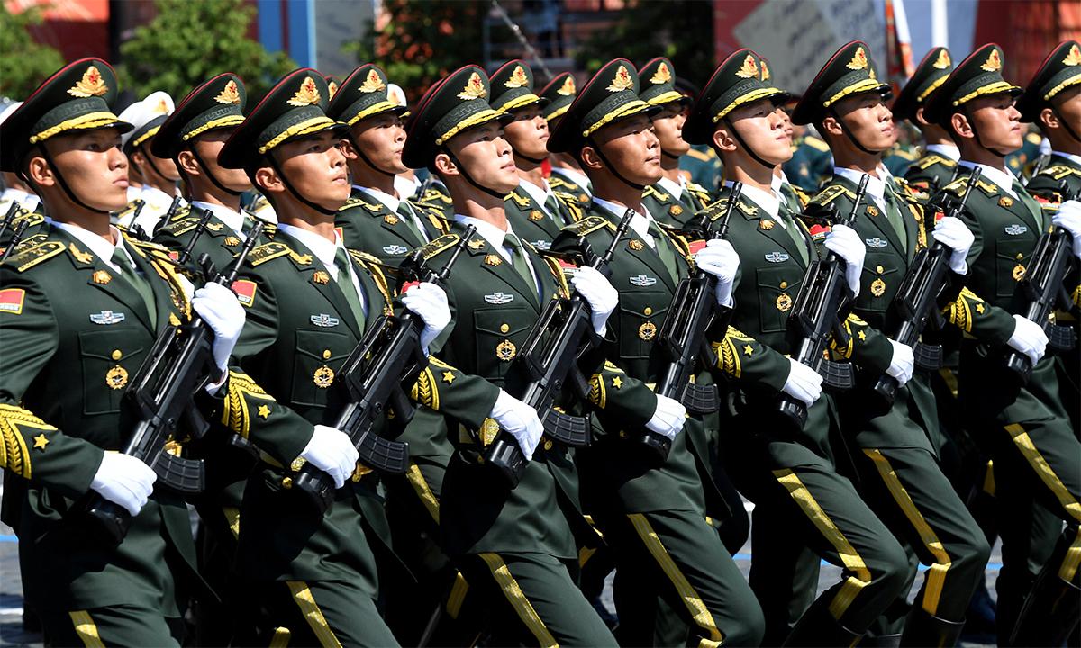 Binh sĩ Trung Quốc trong Duyệt binh Chiến thắng tại thủ đô Moskva, Nga tháng 6/2020. Ảnh: Reuters