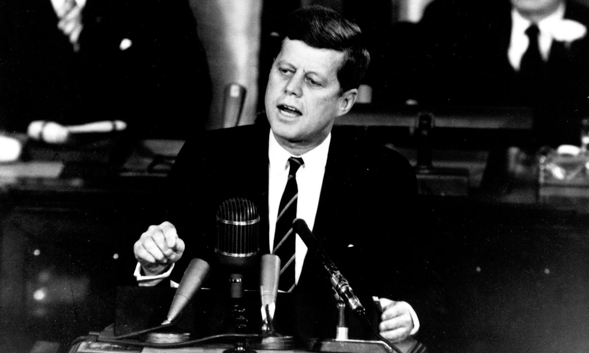 Tổng thống John F. Kennedy phát biểu trước quốc hội Mỹ ngày 25/5/1961. Ảnh: NASA.
