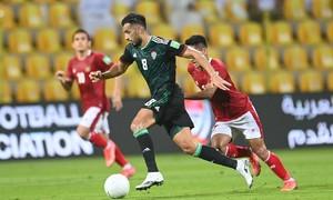 Tiền vệ UAE: 'Phải cố gắng gấp đôi trước Việt Nam'