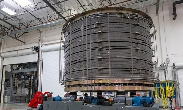Module đầu tiên của  Central solenoid. Ảnh: ITER.