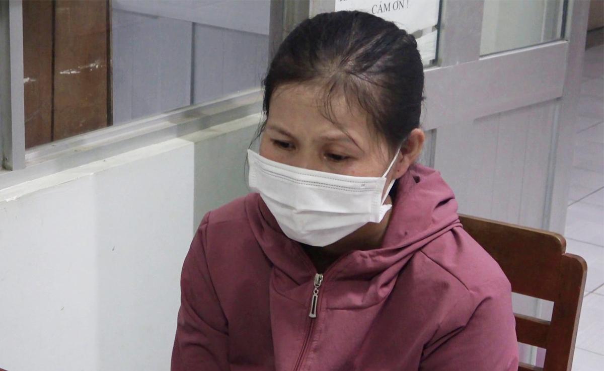 Nguyễn Thị Cẩm Tú bị tạm giữ để điều tra hành vi Trộm cắp tài sản. Ảnh: Hồ Nam