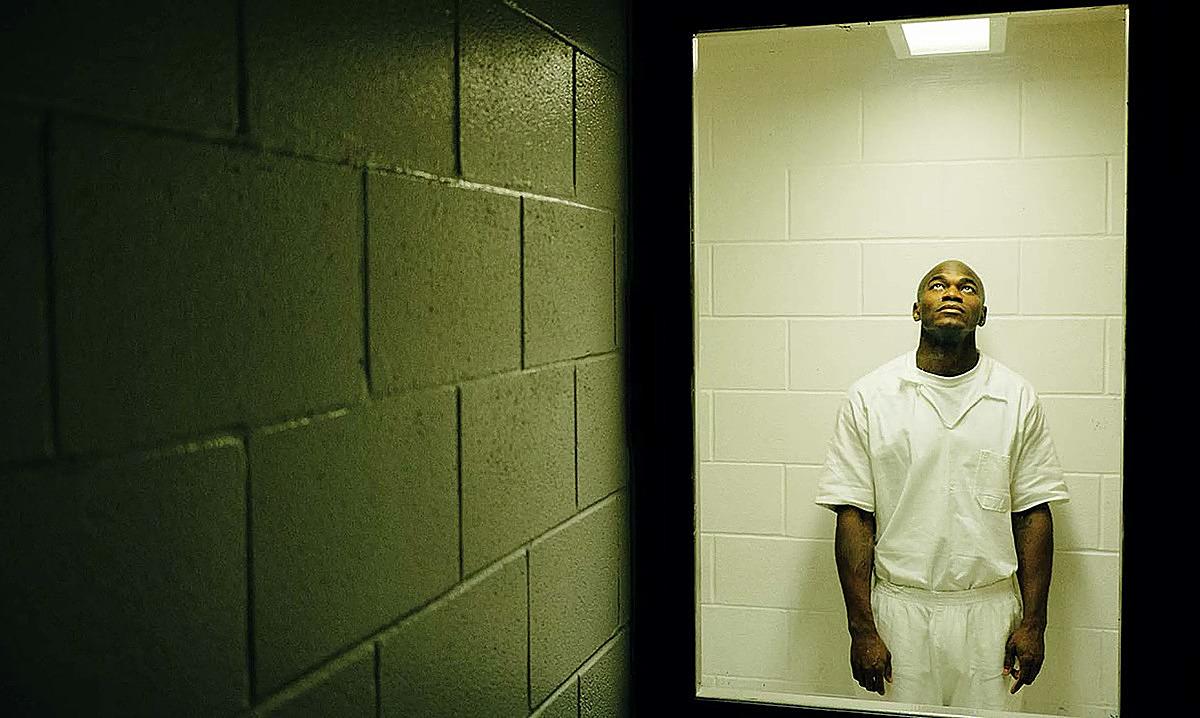 Edwin trong phòng biệt giam, nhà tù Beeville, ngày 22/7/2016. Ảnh: Texas Monthly