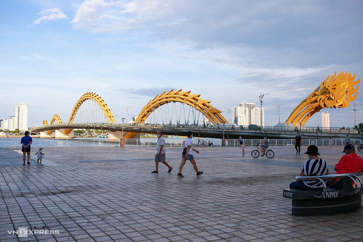 Đà Nẵng nới lỏng một số hoạt động từ ngày 9/6. Ảnh: Nguyễn Đông.
