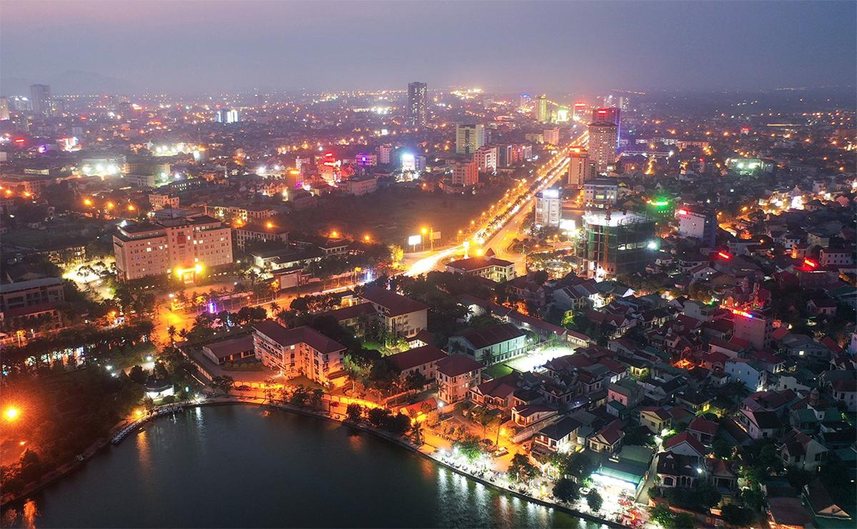 Một góc thành phố Vinh. Ảnh: Nguyễn Hải