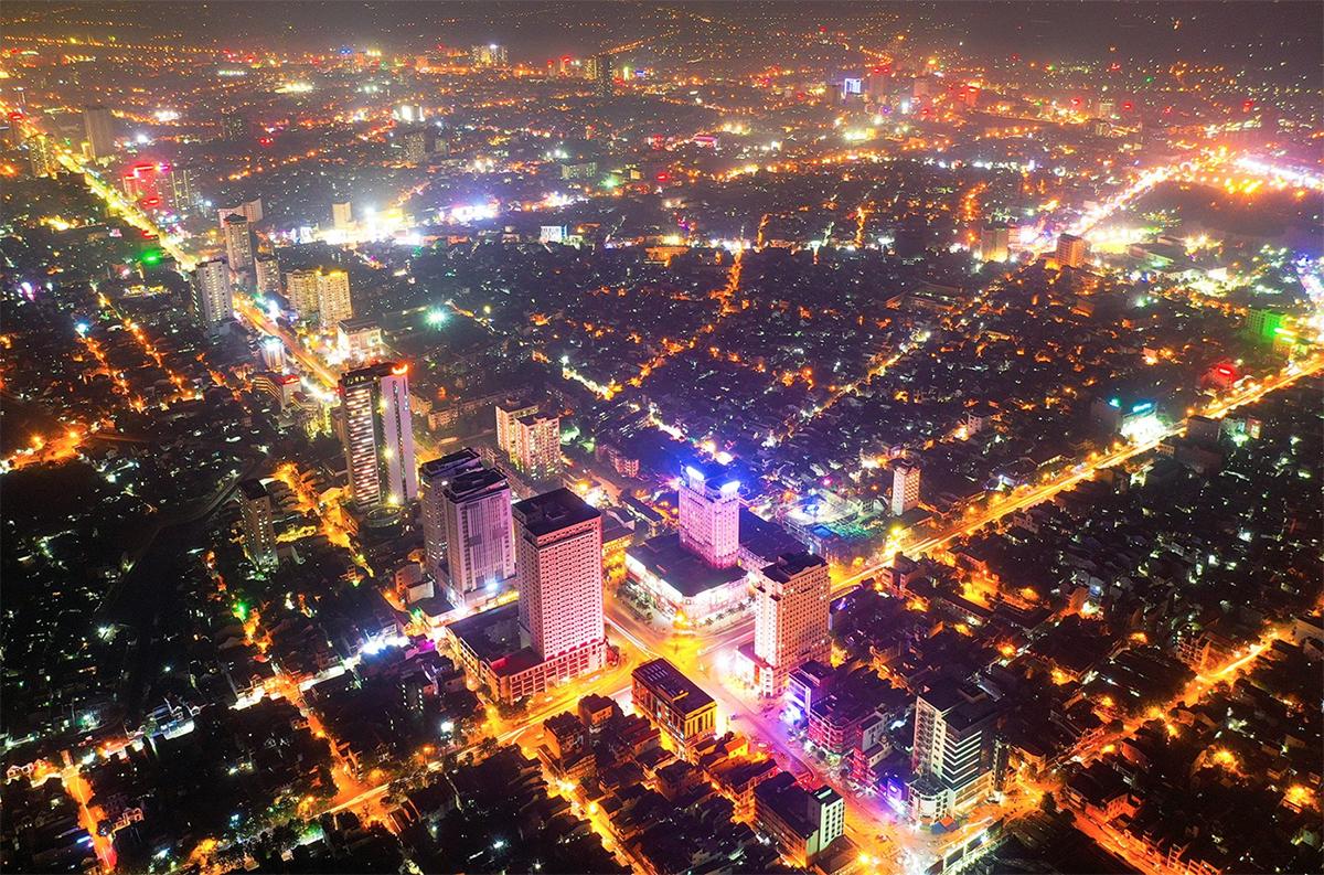 Một góc trung tâm thành phố Vinh. Ảnh: Sách Nguyễn