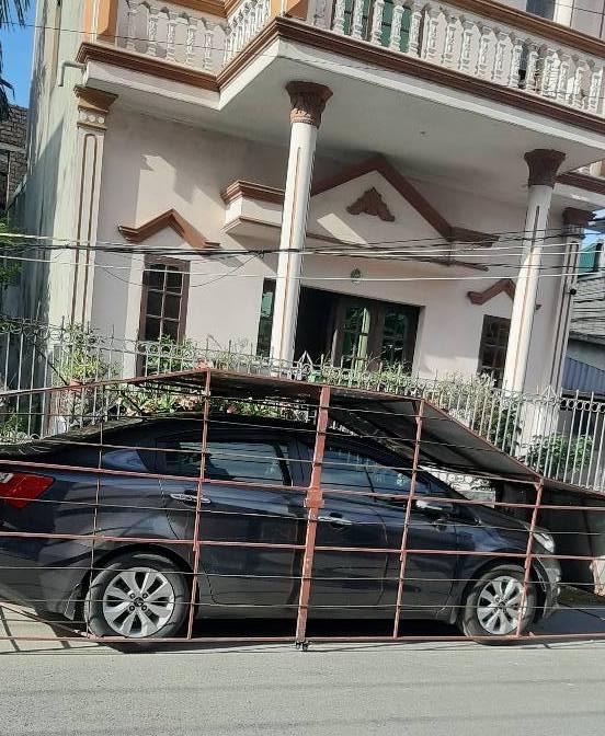 Gia chủ xây chuồng cho ôtô - 2
