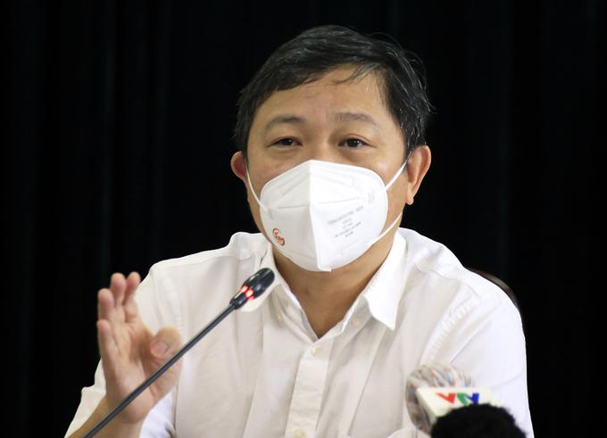 Phó chủ tịch UBND thành phố Dương Anh Đức người được giao phụ trách chỉ đạo toàn bộ công tác chống dịch tại TP HCM. Ảnh: Hữu Công.