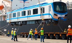 5 đoàn tàu metro Số 1 đã về TP HCM
