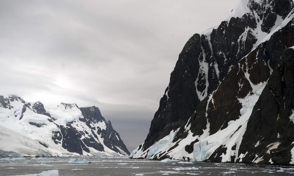 Kênh Lemaire, phía tây bán đảo Nam Cực ngày 3/3/2016. Ảnh: AFP.
