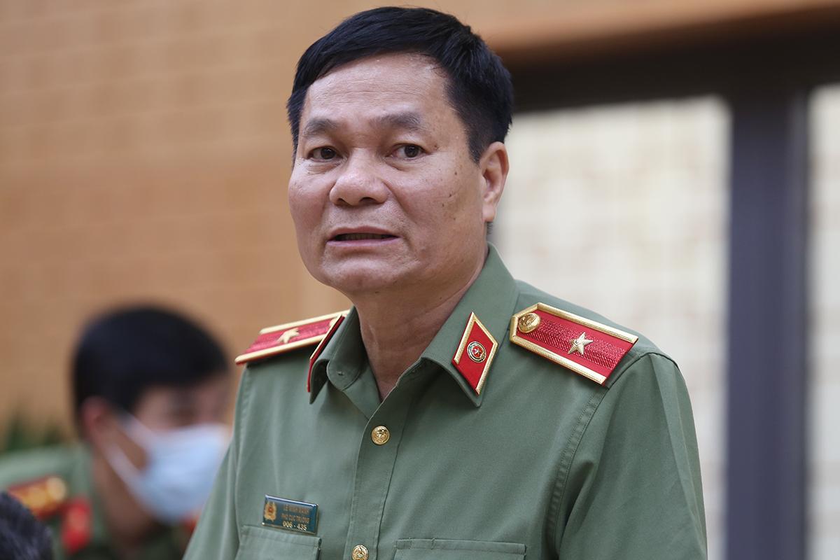 Thiếu tướng Lê Minh Mạnh tại họp báo chiếu 21/6. Ảnh: Phạm Dự.