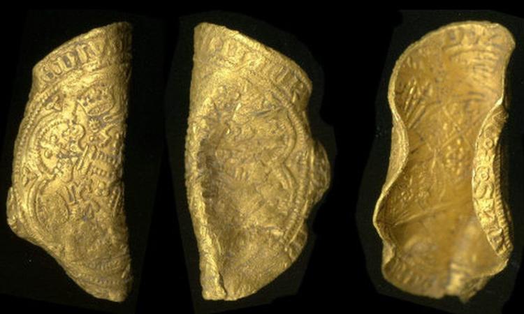 Đồng gold noble chụp từ nhiều góc khác nhau. Ảnh: Bảo tàng Anh/CC BY 2.0.