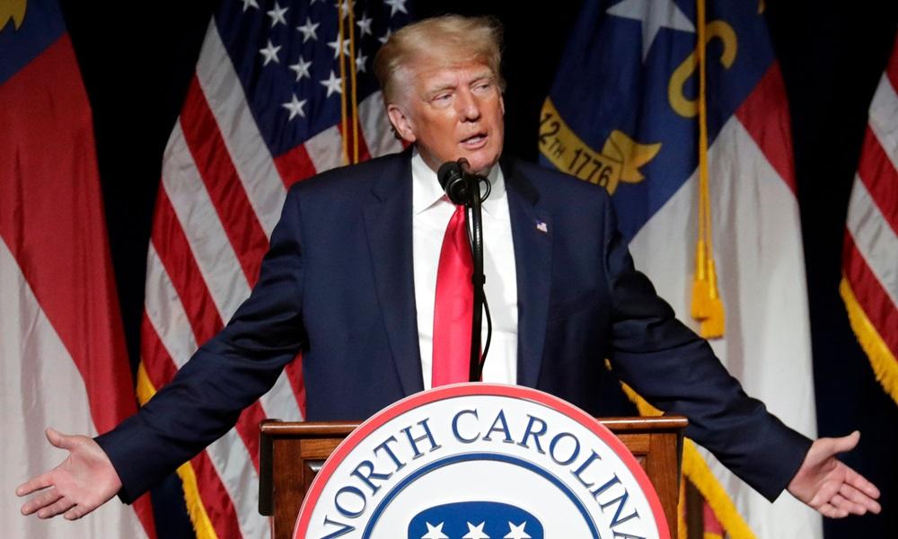 Cựu tổng thống Mỹ Donald Trump phát biểu tại Hội nghị đảng Cộng hòa bang Bắc Carolina ngày 5/6. Ảnh: AP.