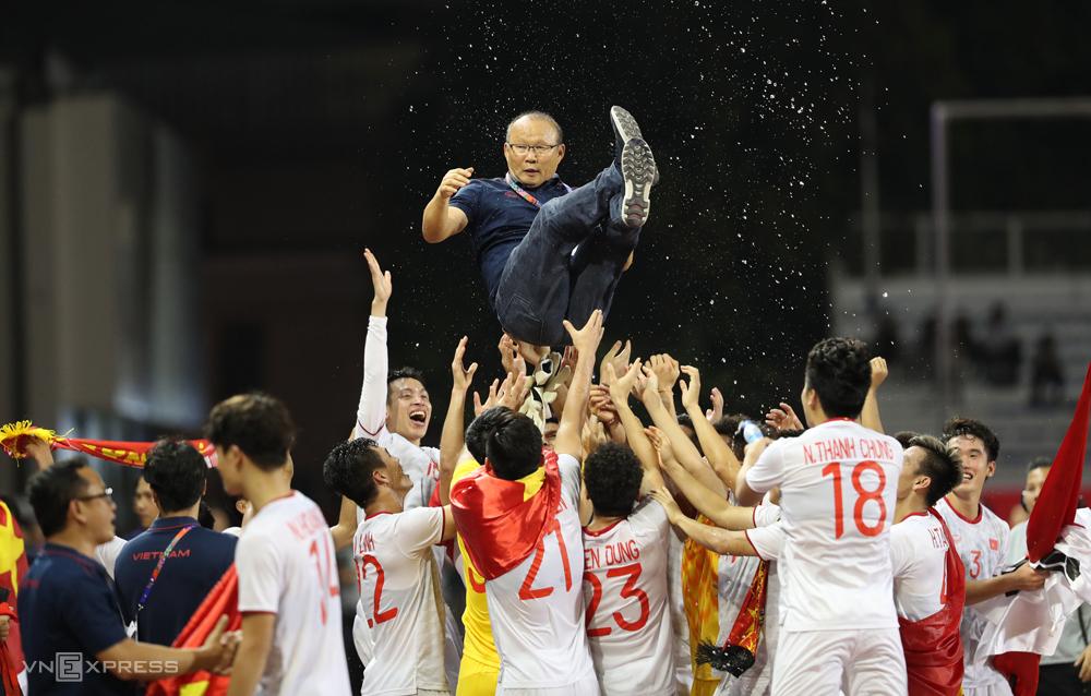 HLV Park được coi là có phép màu giúp bóng đá Việt Nam gặt hái thành công.