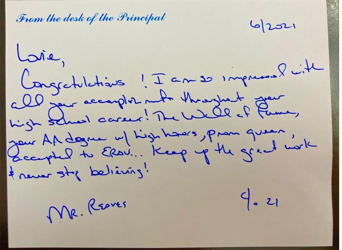 Bức thư viết tay của thầy hiệu trưởng Jeff Reaves gửi học sinh Lovie Haley. Ảnh: NPR.
