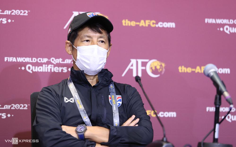 HLV Akira Nishino đang đối mặt với nguy cơ bị sa thải, sau những trận thất vọng của tuyển Thái Lan. Ảnh: Lâm Thoả