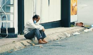 Covid-19 bào mòn người nghèo