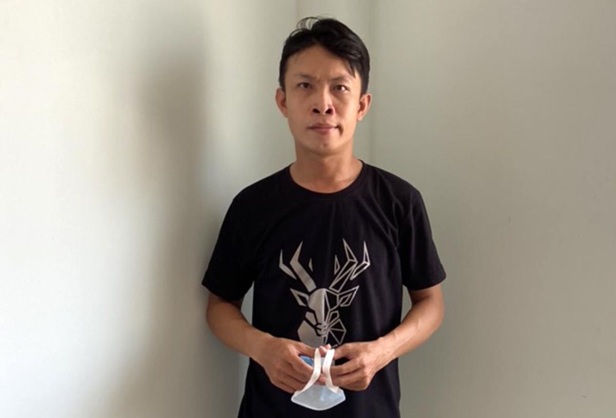 Huỳnh Đình Đạt tại cơ quan điều tra. Ảnh: Hồ Nam.