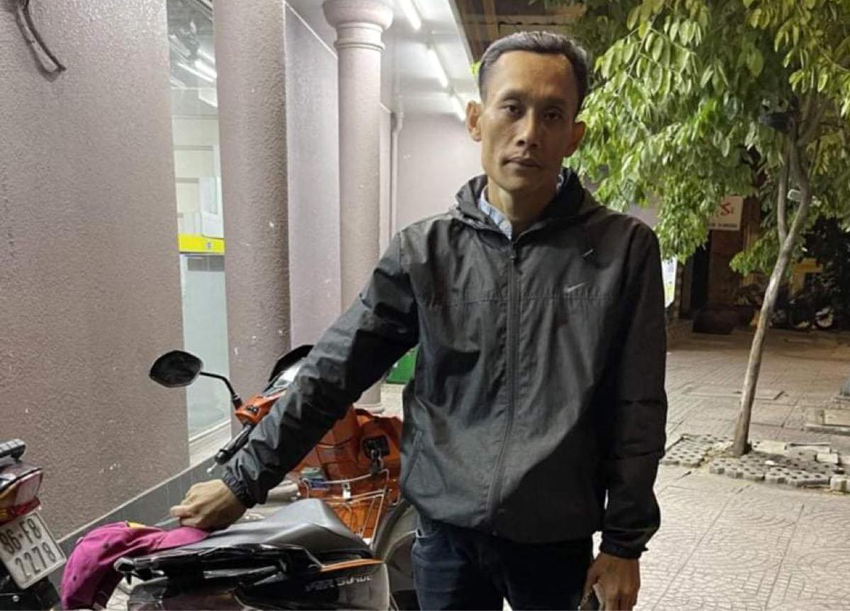 Trần Thanh Sơn lúc bị bắt. Ảnh: Nhật Vy.