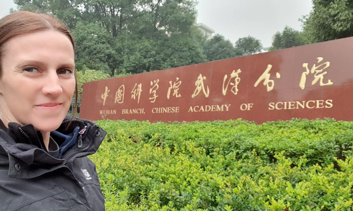 Danielle Anderson tại Viện Hàn lâm Khoa học Trung Quốc ở thành phố Vũ Hán năm 2019. Ảnh: Bloomberg.
