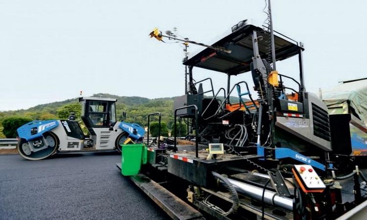 Robot bảo trì đường ở tỉnh Chiết Giang. Ảnh: SCMP.