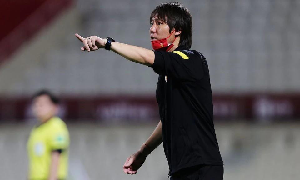 Li Thiet ในการแข่งขันระหว่างจีนและฟิลิปปินส์ในรอบคัดเลือกฟุตบอลโลกรอบที่สองเมื่อวันที่ 7 มิถุนายน  ภาพ: สำนักข่าวรอยเตอร์