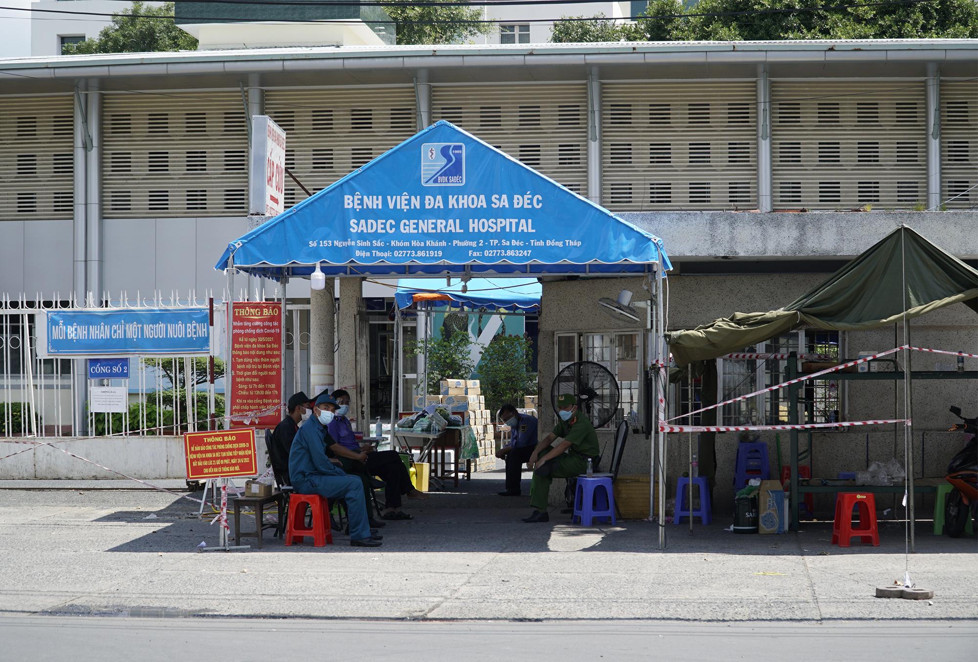 Bệnh viện Đa khoa Sa Đéc bị phong tỏa từ ngày 24/7. Ảnh: Ngọc Tài