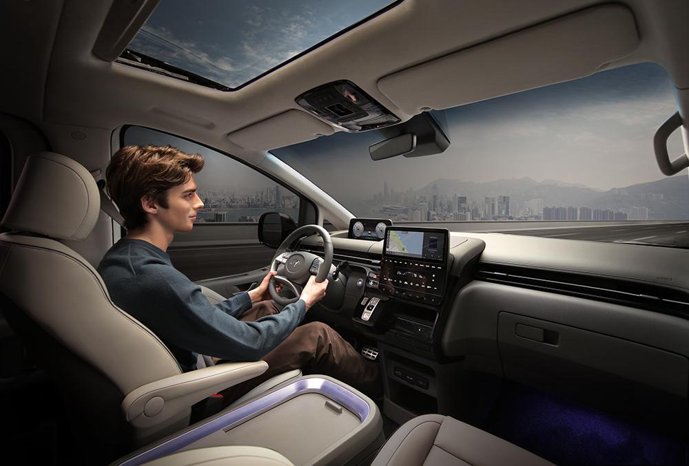 Đồng hồ LCD, màn hình thông tin giải trí 10,25 inch. Ảnh: Hyundai