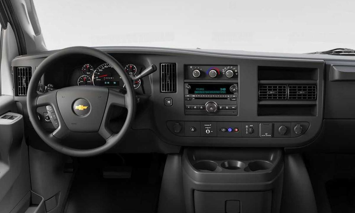 Chevrolet Express với đầu CD. Ảnh: Chevrolet
