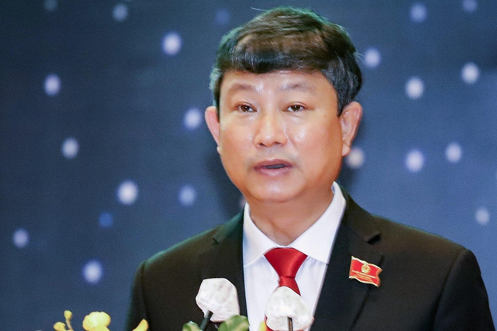 Ông Võ Văn Minh tại kỳ họp HĐND sáng 6/7. Ảnh: Thái Hà