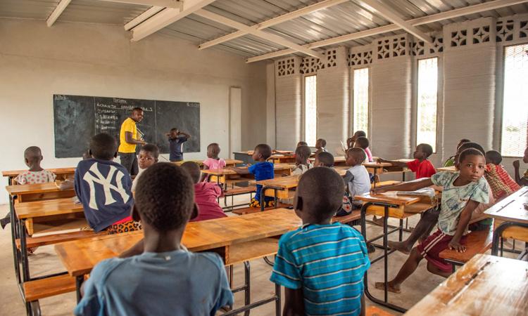 Phòng học của ngôi trường in 3D ở Malawi. Ảnh: CDC Group.