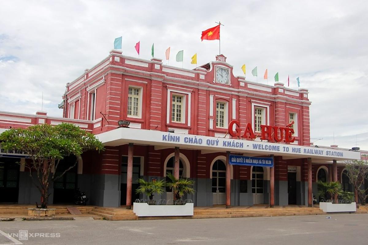Ga Huế dừng đón khách trở về từ TP Hồ Chí Minh do lo ngại lây nhiễm dịch Covid-19. Ảnh: Võ Thạnh