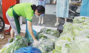 Chợ rau miễn phí ở Sài Gòn
