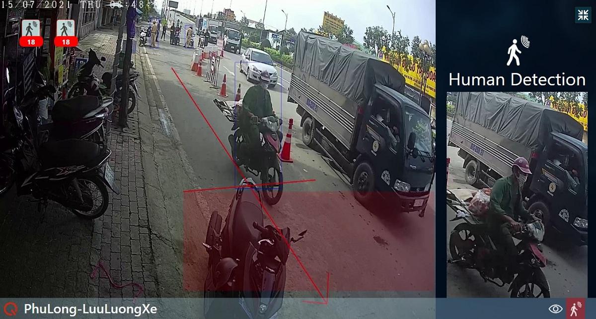 Camera nhận diện và đếm xe qua chốt cầu Phú Long.