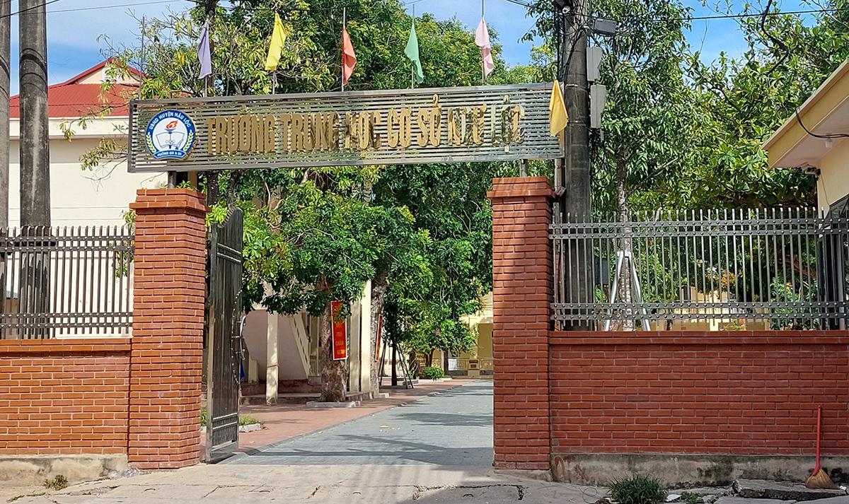 40 giáo viên trường THCS Ngư Lộc bị nghi vấn nâng điểm cho học sinh. Ảnh: Lam Sơn.