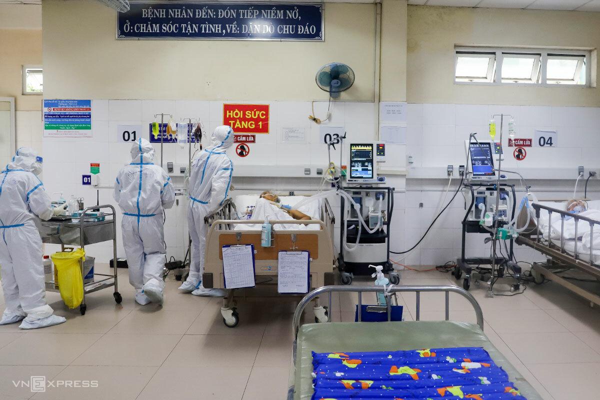 Bệnh viện Hoà Vang và Bệnh viện Phổi Đà Nẵng đang điều trị cho 264 bệnh nhân mắc Covid-19, sắp quá tải. Ảnh: Nguyễn Đông.