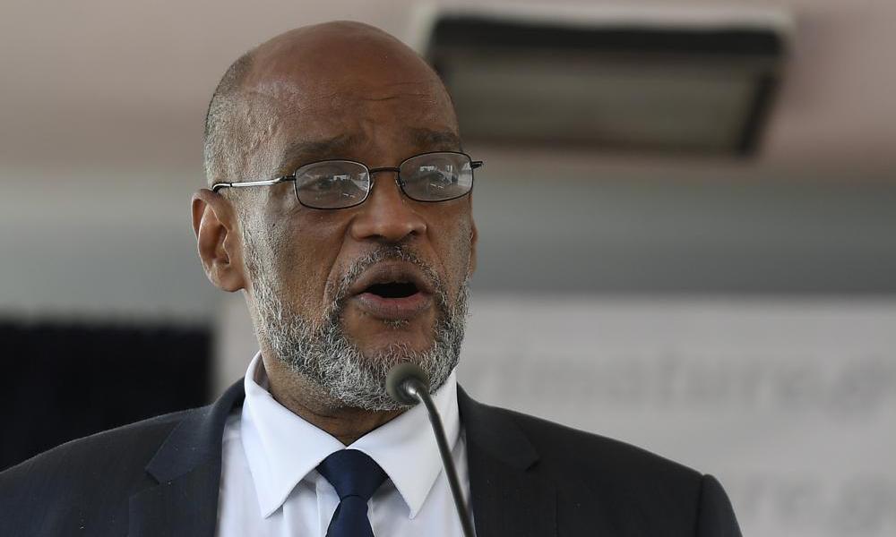 Tân Thủ tướng Haiti Ariel Henry phát biểu trong lễ tuyên thệ nhậm chức ở thủ đô Port-au-Prince hôm 20/7. Ảnh: AP.