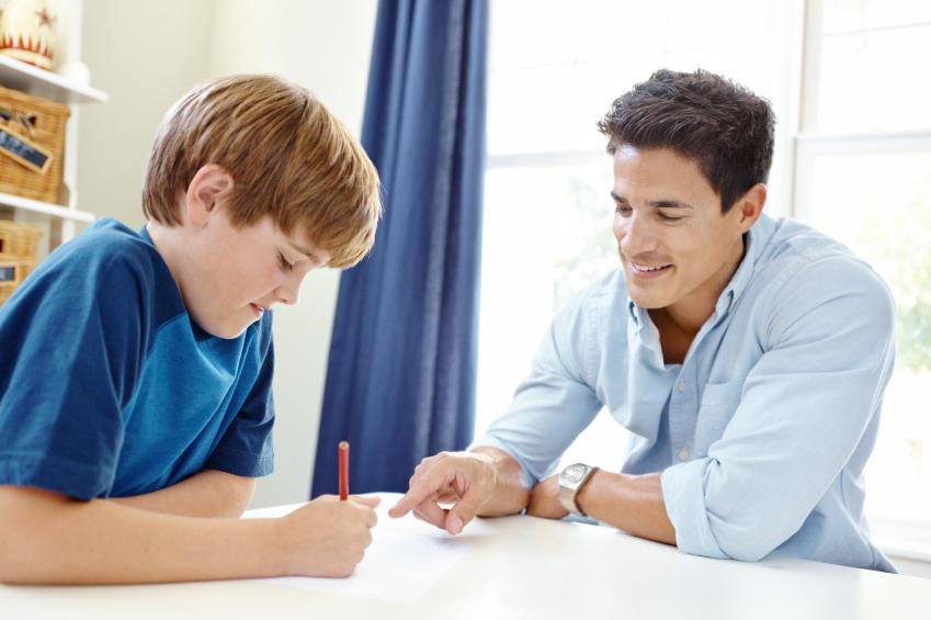 Cha mẹ có thể nuôi dưỡng tình yêu Toán học cho trẻ bằng việc đồng hành, trò chuyện về môn học trong cuộc sống hàng ngày.